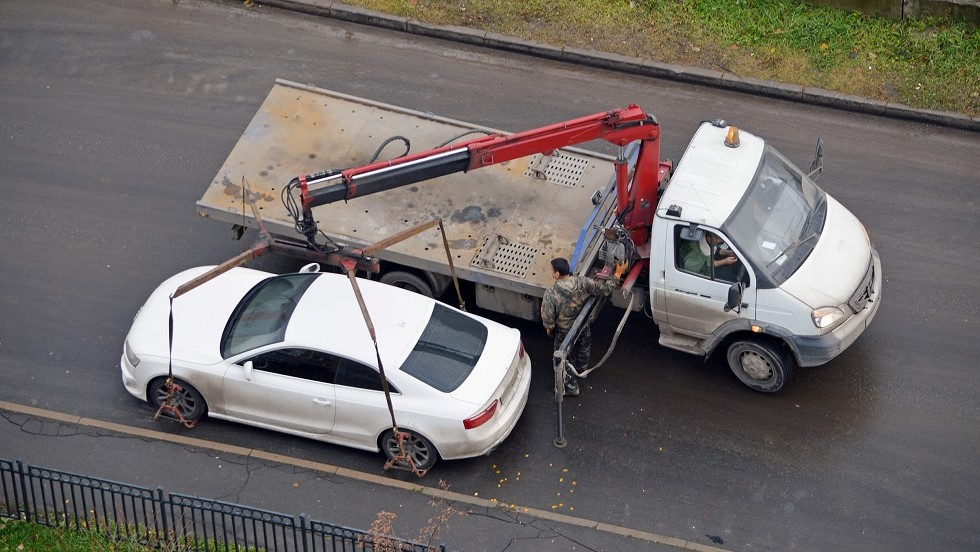 Mise en fourriere d'un vehicule stationne a contresens