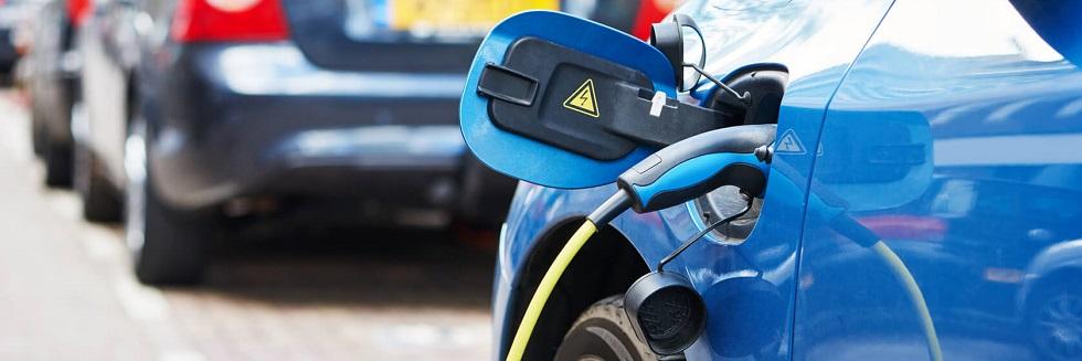 Voiture électrique en cour de chargement