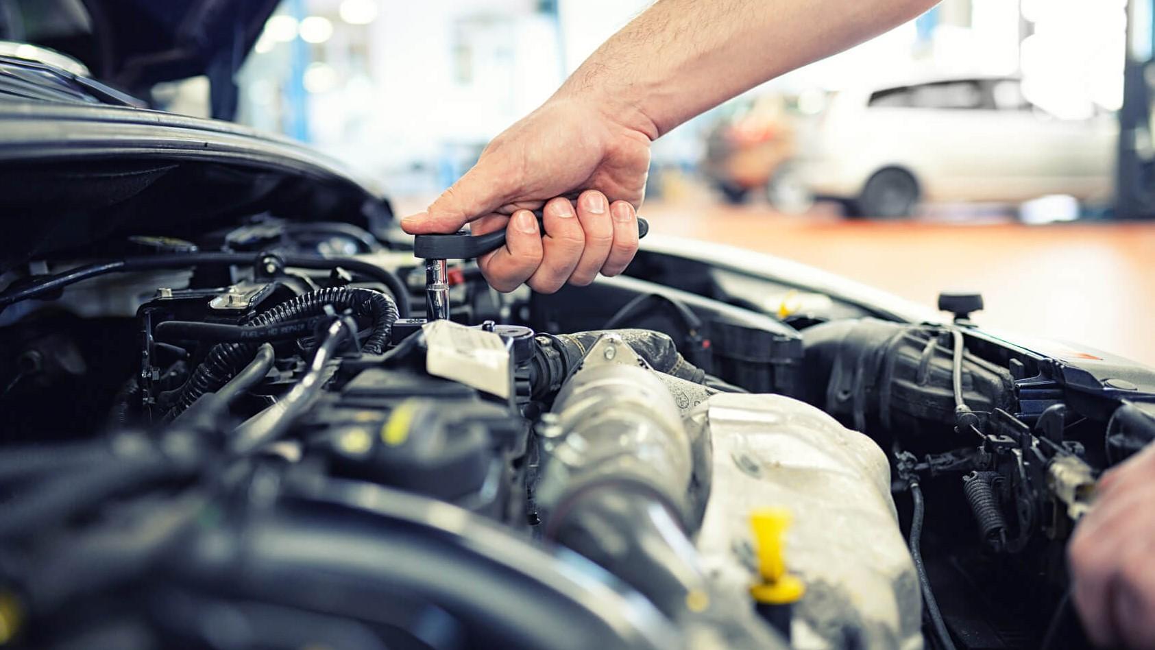 Réparations et entretien d'un moteur de voiture