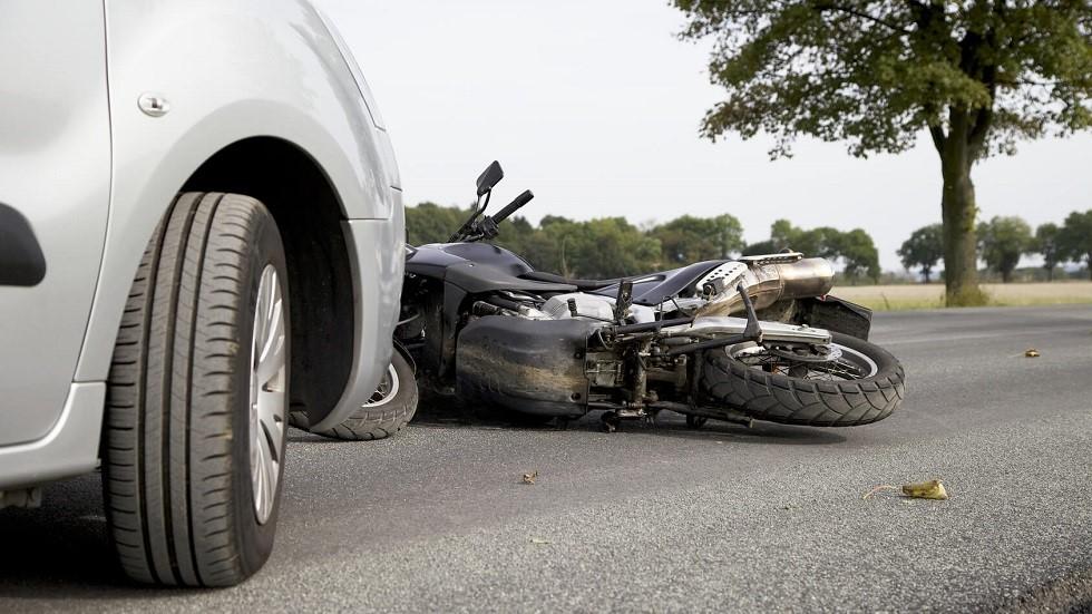 Accident de la circulation entre une automobile et une moto