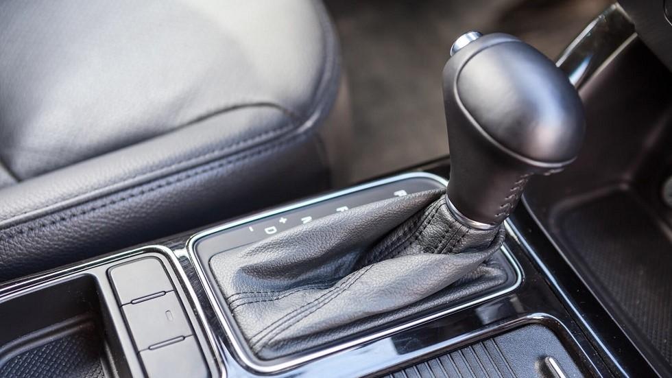 Levier d'un vehicule fonctionnant avec une boite de vitesse automatique