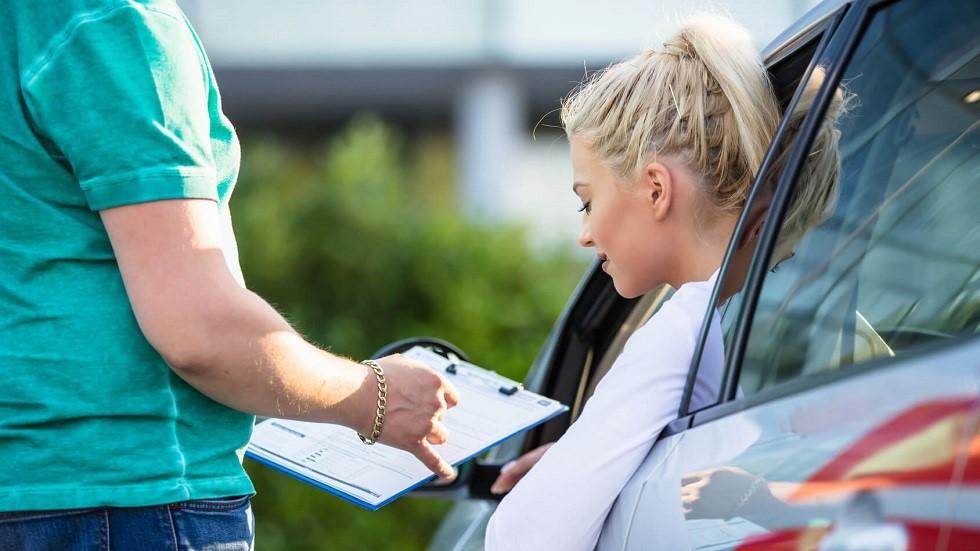 Examen du permis de conduire et grille de notation