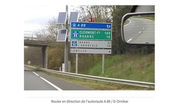Panneaux d'autoroute