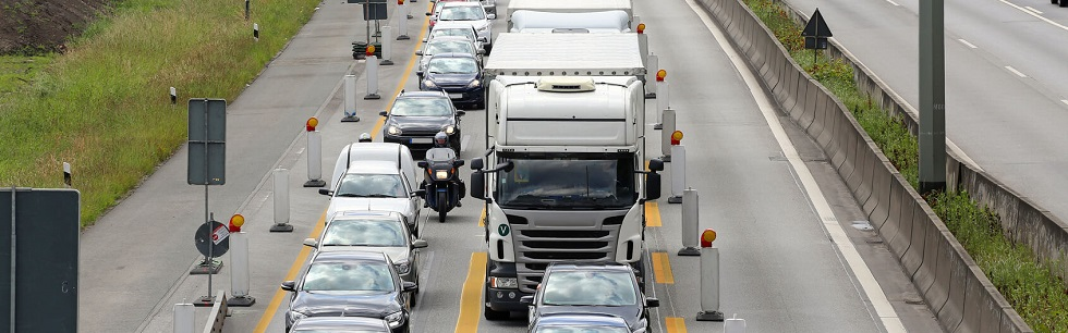Cas de circulation interfiles dans un embouteillage